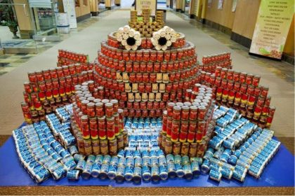 Picture of crab created with canned foods