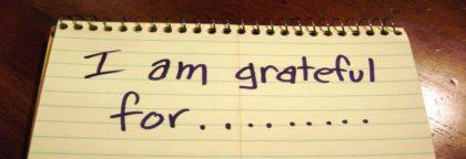 """Notepad saying """"I am grateful"""""""